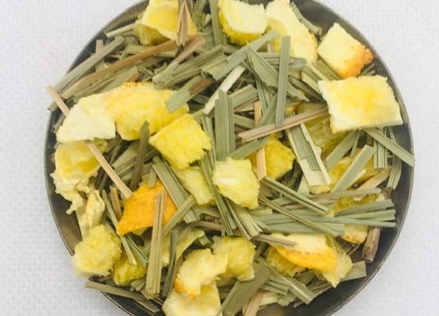 Herbata-ziolowa-z-owocami-liofiliozowanymi-1